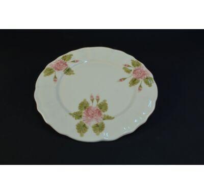 Romantik rózsás süteményes tál
