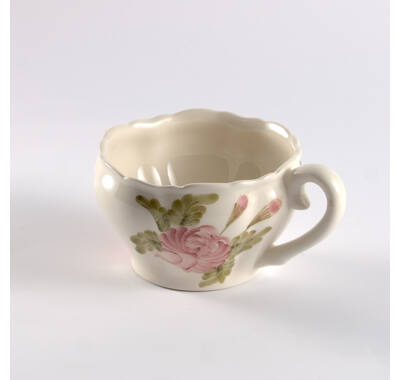 Romantik  rózsás  teás csésze