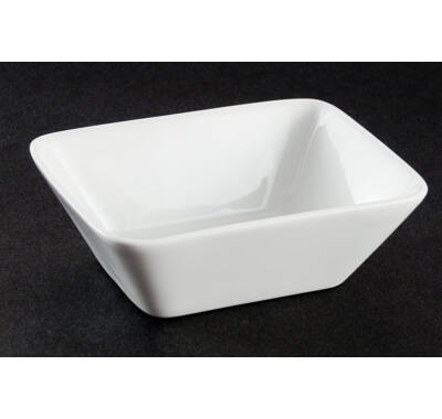 Porcelán lapos kínáló tál